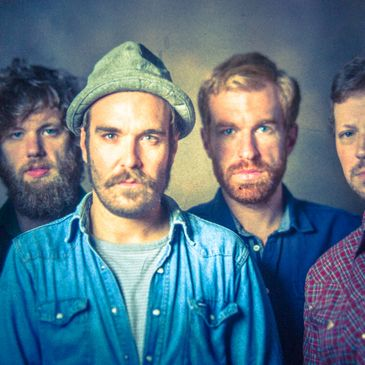 Red Wanting Blue-img