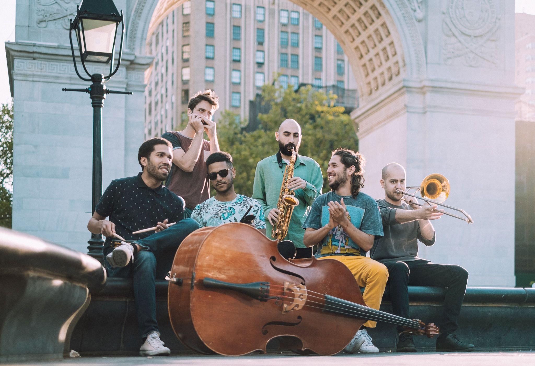 TM Street Band: