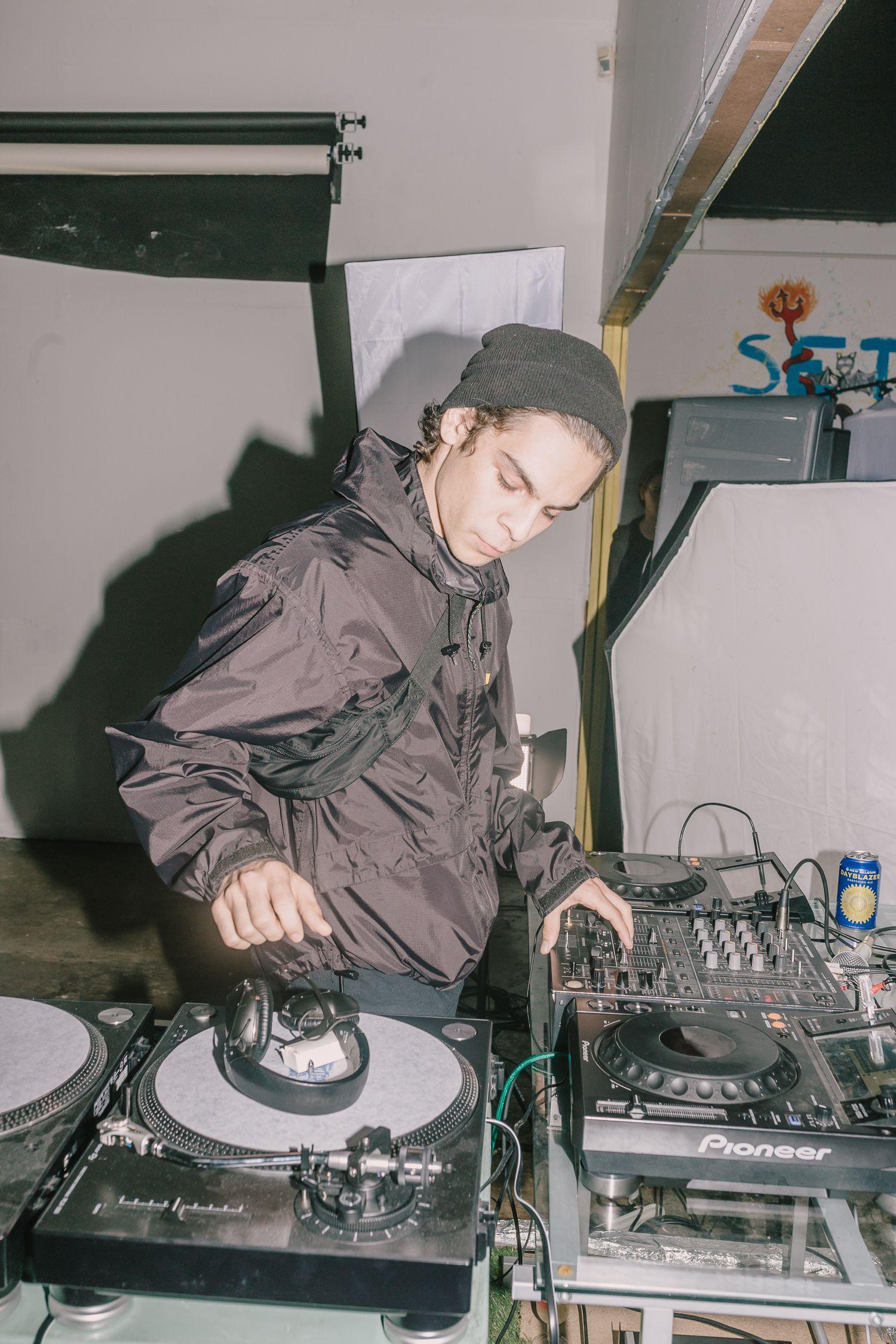 DJ Earthsurfaceopen: