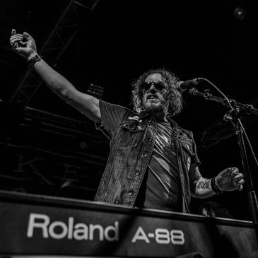 Dizzy Reed of Guns N' Roses-img